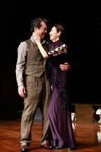 ユージン・オニールの壮絶な家庭劇、ついに開幕!