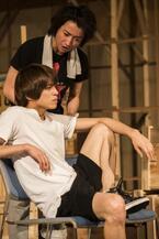 藤原竜也、山本裕典が挑む韓国戯曲『鱈々』、いよいよ開幕!