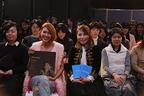 日本初『Mommy/マミー』ヘッドフォンX上映会