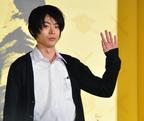 山田涼介らの制服姿に会場から大歓声!