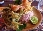 空芯菜を使ったメニューが自慢!タイ料理店「Pak-Boong」