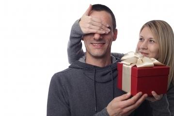 バレンタインチョコを夫にあげる派? 妻の本音まとめ