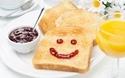 朝食の定番! トーストがもっとおいしくなるアレンジまとめ