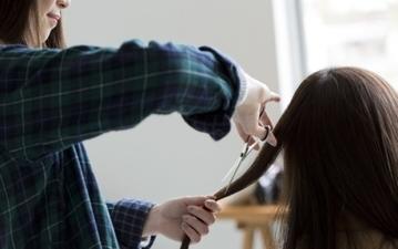 大人の女性におすすめ! 旬の髪型まとめ