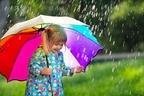 梅雨、台風、秋雨…雨シーズンを乗り切るおしゃれな雨具まとめ