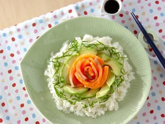 サラダや丼に大活躍!アボカドのアレンジレシピ
