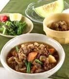 牛肉とジャガイモの炒め煮の献立