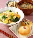 炒り鶏豆腐の献立