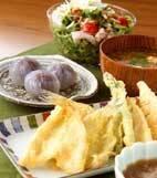 キスと野菜の天ぷらの献立