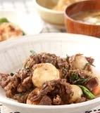 牛肉と里芋のソース炒めの献立