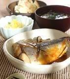 青魚のピリ辛みそ煮の献立