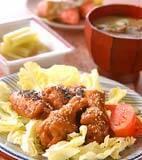 骨付き鶏肉の味唐揚げの献立