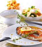 秋鮭ステーキの献立