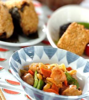 鶏肉と大豆の炒り煮の献立