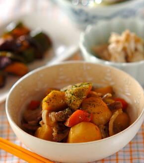 豚バラ肉と里芋の煮物の献立
