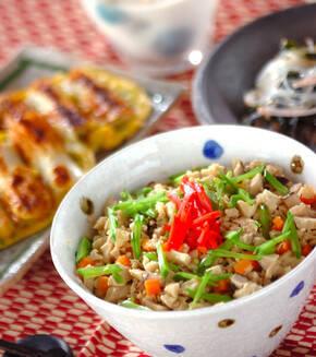 高野豆腐のそぼろ丼の献立