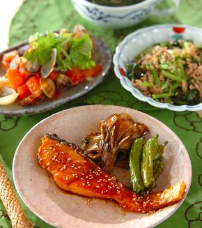 鮭の韓国風照り焼きの献立