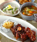 「骨付き豚バラ肉のトマトソース煮」の献立
