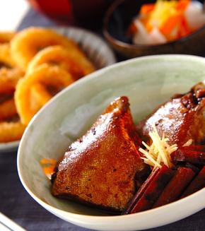魚のアラの煮物の献立