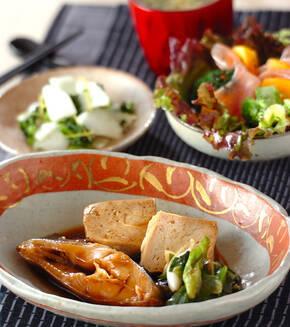 カレイと豆腐の煮物の献立