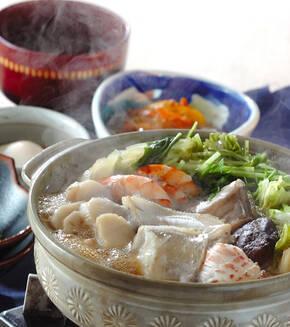 熱々海鮮鍋の献立