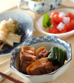 豚肉の柔らか角煮の献立