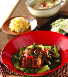 ウナギと野菜のスタミナ炒めの献立