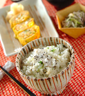 里芋とホタテの炊き込みご飯の献立