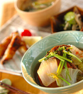 白菜と練り物のくったり煮の献立