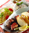 「骨付き豚バラ肉のペッパー焼き」の献立