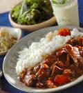 「牛肉と豆のカレー」の献立