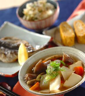 豆腐と根菜の煮物の献立