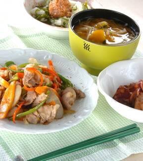 新ゴボウと豚肉の炒め物の献立