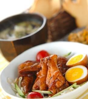 手羽と卵の黒酢煮の献立