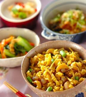 鶏肉ナッツの炊き込みご飯の献立