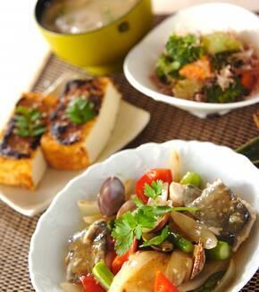 魚介とアスパラの塩炒めの献立