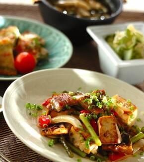 ウナギと豆腐の甘辛炒め煮の献立