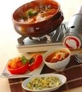 「モッツァレラトマト鍋」の献立