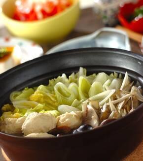 ふわふわ鶏団子と野菜の鍋の献立