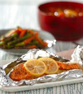 塩鮭のホイル焼きレモン風味の献立