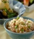 「鶏とグリンピースの混ぜご飯」の献立