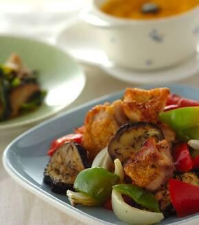 チキンと野菜のオーブン焼きハーブ風味の献立
