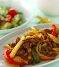 「牛肉とジャガイモの中華カレー炒め」の献立