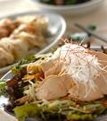 「鶏チャーシューのごちそうサラダ」の献立