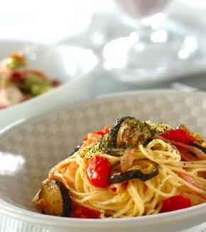 ズッキーニとベーコンのスパゲティーの献立