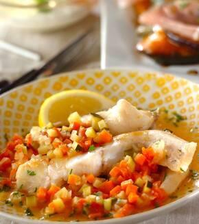 白身魚と野菜の蒸し煮の献立