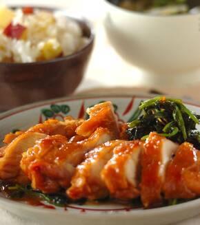 鶏もも肉とホウレン草のしょうゆ煮の献立