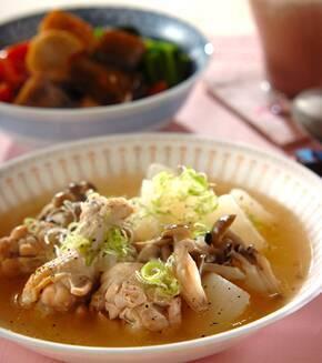 手羽元と大根のスープ煮の献立