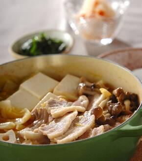 豚とキャベツのピリ辛鍋の献立