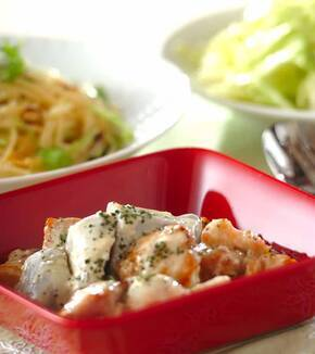 鶏肉と里芋のクリーム煮の献立